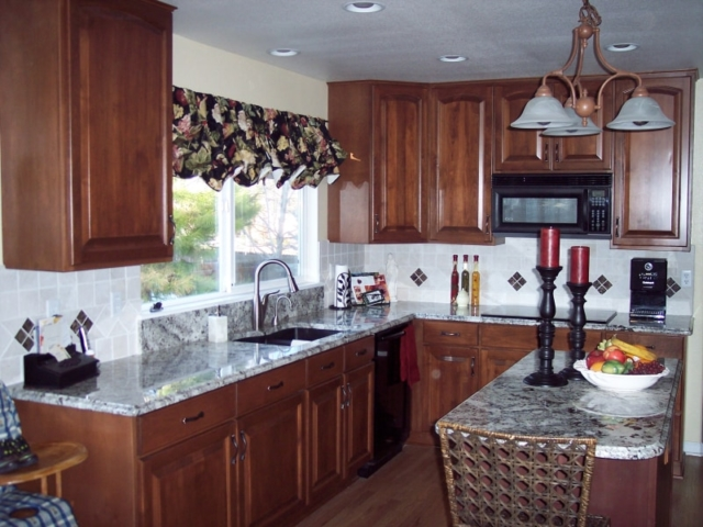 Right Kitchen Remodeling