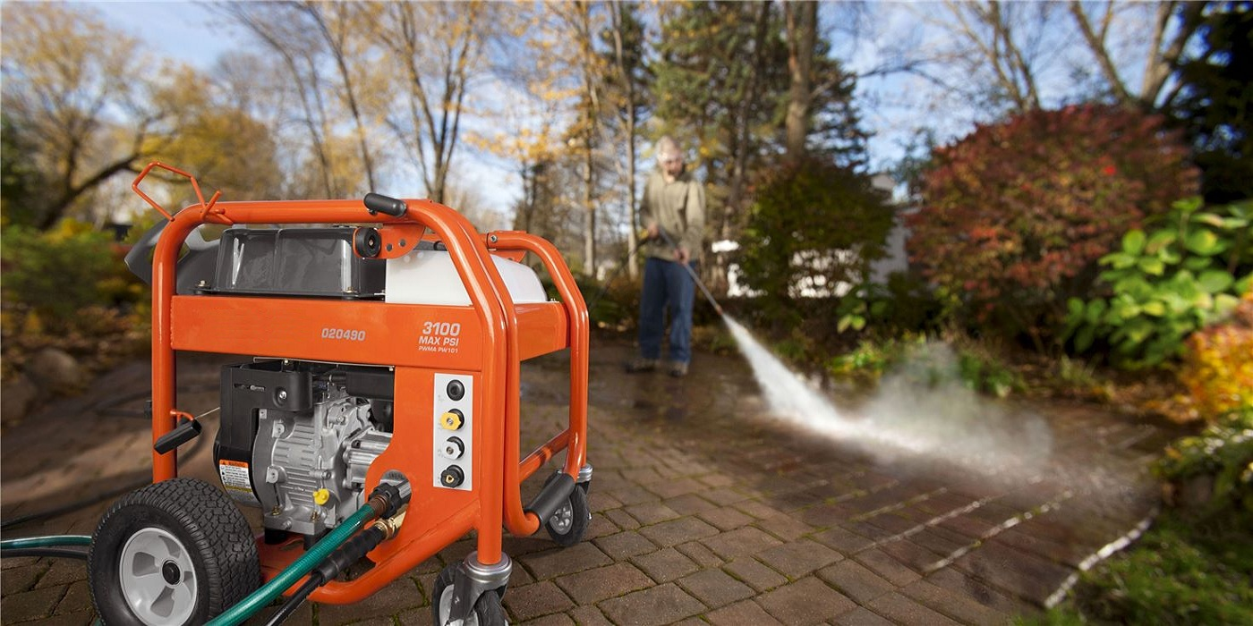 A Guide to Use a Power Washer